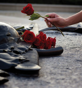Roses on the Tomb of the Unknown Soldier. Source: NCC